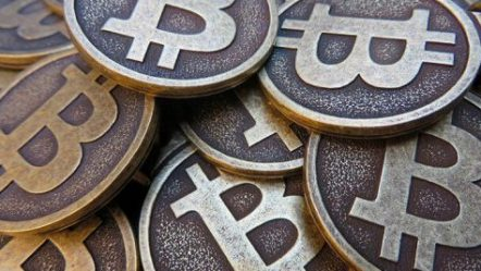 Google Incorporated crackdown sends Bitcoin prices tumbling