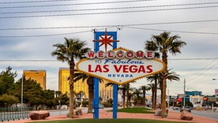 Nevada casinos continue gaming win streak; hit $1B again in March